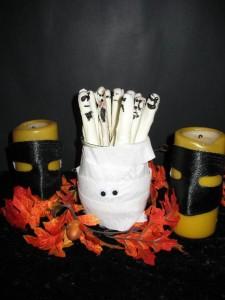 Halloween Ghost Pretzel Treats
